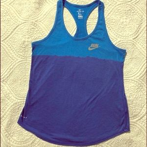 Nike runners tee